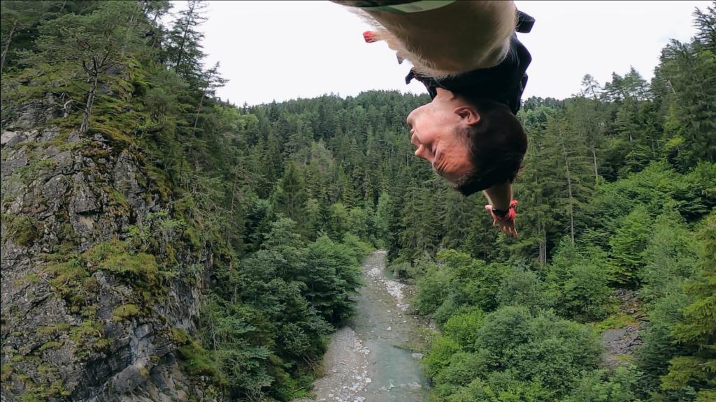 Skok na bungee do tyłu