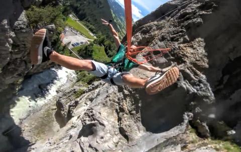 skok na linie do kanionu
