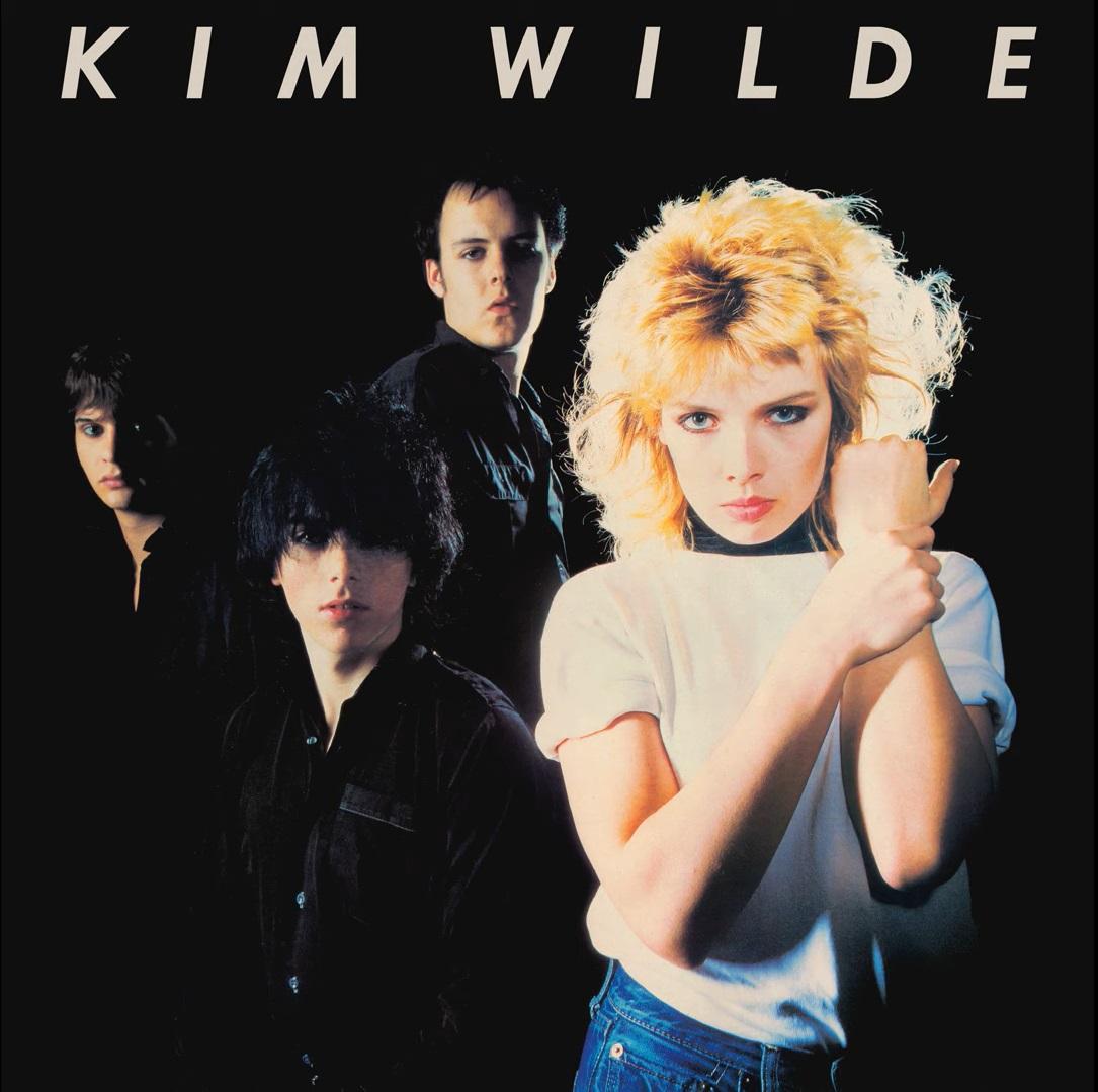 Kim Wilde na okładce albumu